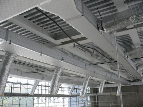 The thermal and acoustic insulation for air ducts